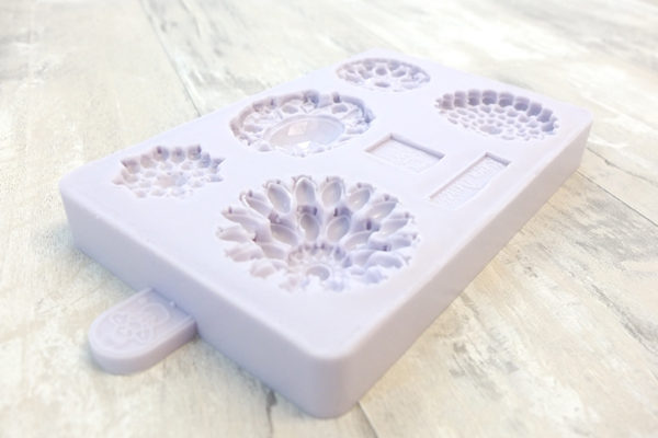 Brooch Mould
