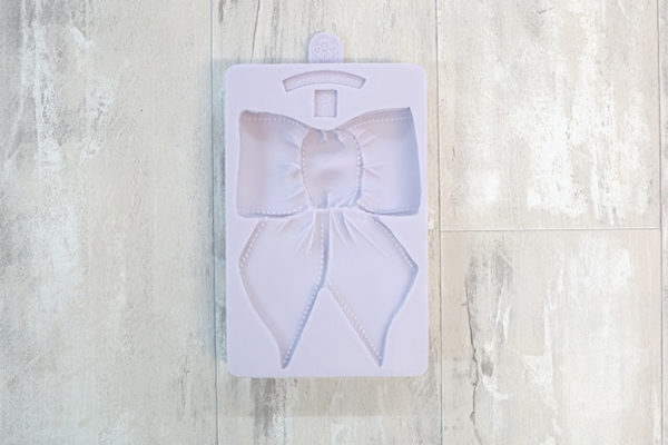 Large Bow Mould