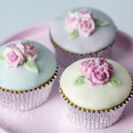 Cupcake Top - Triple Rose